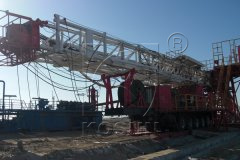 Three Aktau 40TD Drilling Mud Solids Control System Supporting